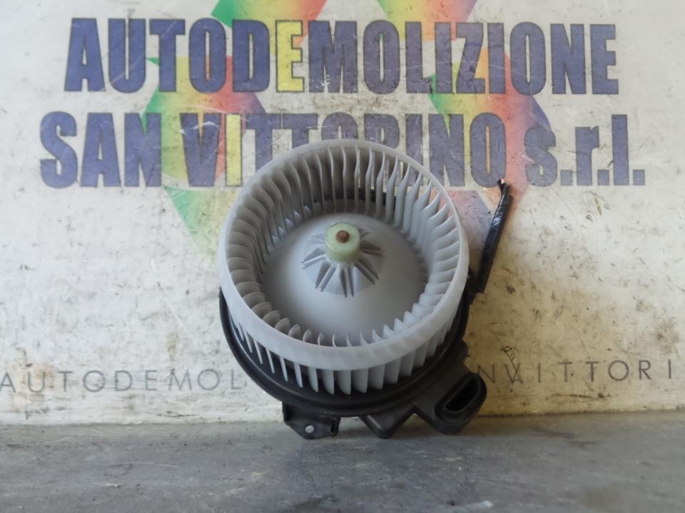 MOTORINO VENTILAZIONE ABITACOLO TOYOTA RAV 4 4A SERIE (02/13>)