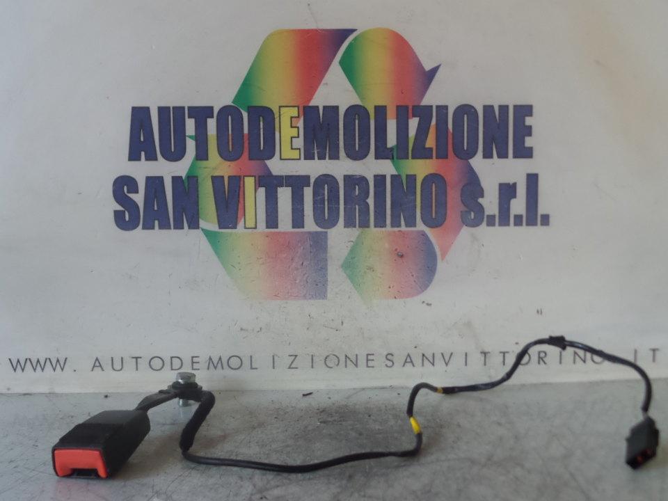 AGGANCIO CINTURA DI SICUREZZA ANT. DX. ALFA ROMEO GIULIETTA (X7) (03/10>10/13<)