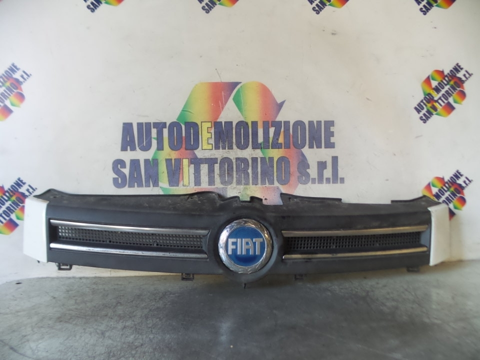 GRIGLIA FIAT PANDA (2Q) (09/03>12/10