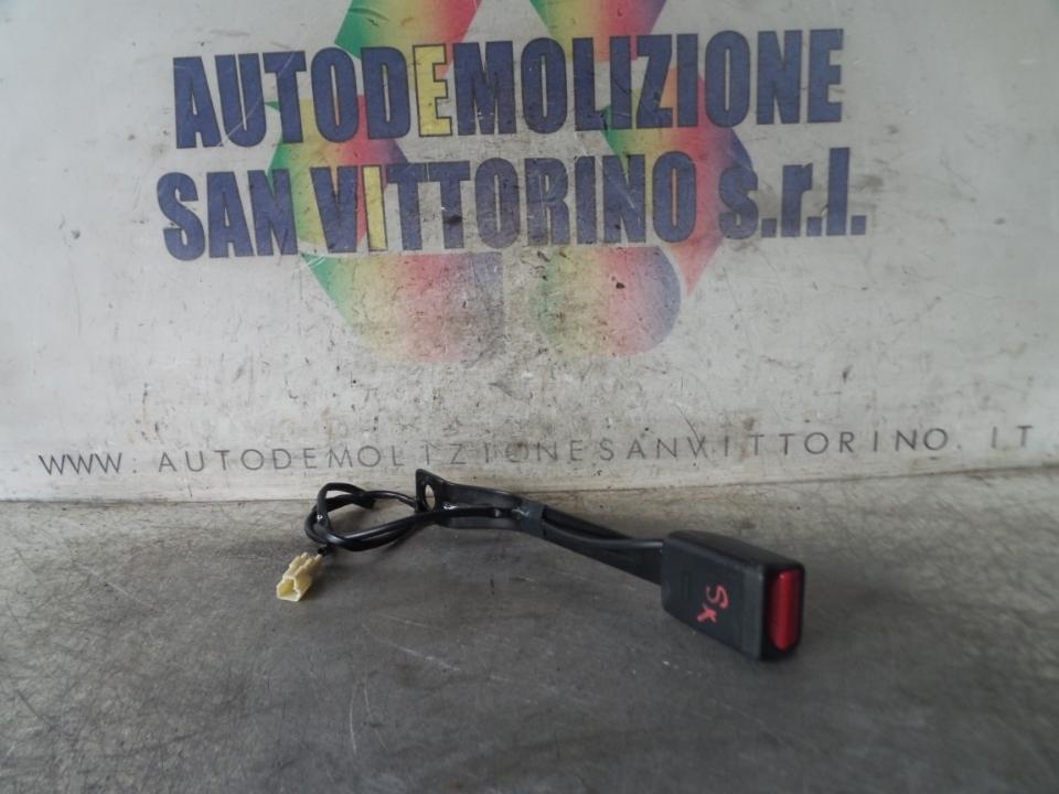 AGGANCIO CINTURA DI SICUREZZA ANT. SX SUZUKI SPLASH (02/08>10/15