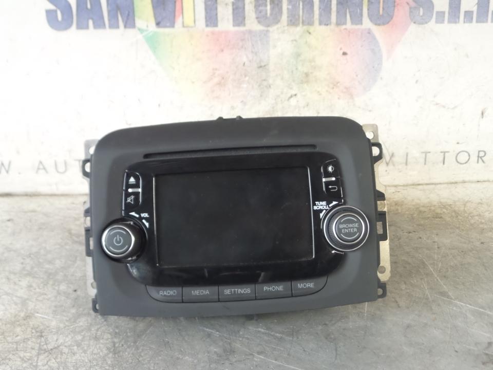 AUTORADIO C/RADIO 5 TOUCHSCREEN BLUETOO FIAT 500L (73) (07/12>)