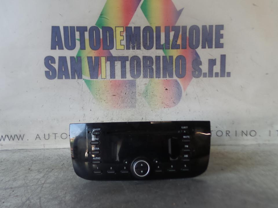 AUTORADIO C/STOP&START CD E MP3 FIAT PUNTO (51) (01/12>01/13