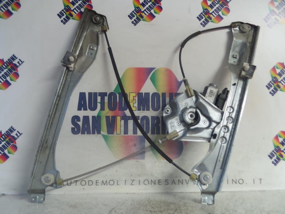 ALZACRISTALLO ELETTR. PORTA ANT. A IMPULSI C/MOTORINO SX. RENAULT CLIO 3A SERIE (07/05>05/09