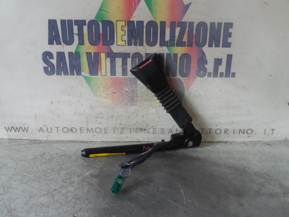 AGGANCIO CINTURA DI SICUREZZA ANT. DX. OPEL TIGRA (X04) (07/04>)