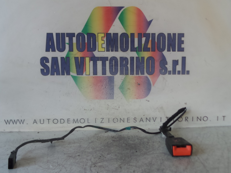 AGGANCIO CINTURA DI SICUREZZA ANT. SX. ALFA ROMEO GIULIETTA (X7) (03/10>10/13<)