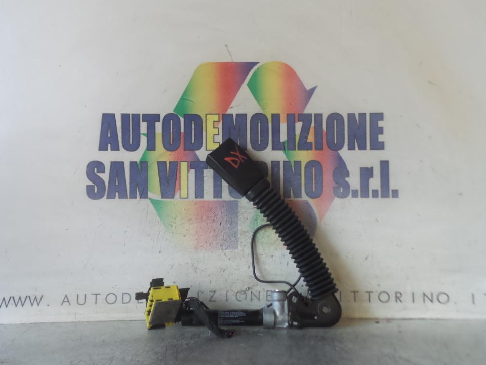 AGGANCIO CINTURA DI SICUREZZA ANT. DX. BMW SERIE 5 (E60/E61) (07/03>03/07
