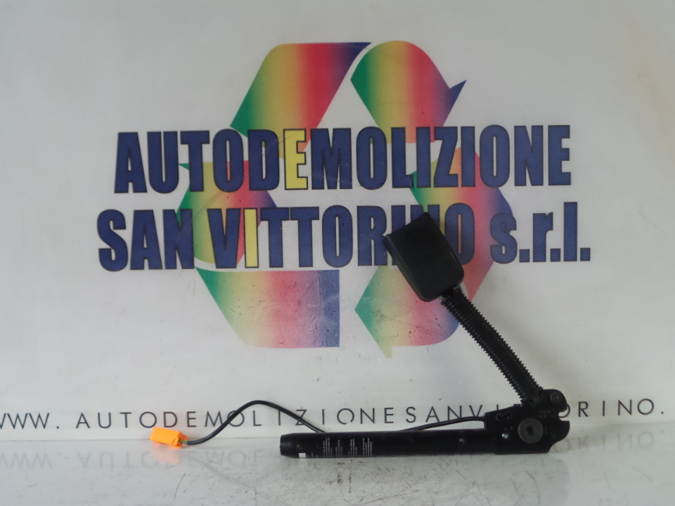 AGGANCIO CINTURA DI SICUREZZA ANT. C/SIST.TENSIONE CINTURE DX. FORD FIESTA (CBK) (12/05>12/08<)