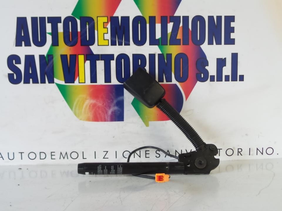 AGGANCIO CINTURA DI SICUREZZA ANT. C/SIST.TENSIONE CINTURE DX. FORD FIESTA (CBK) (03/02>12/05<)