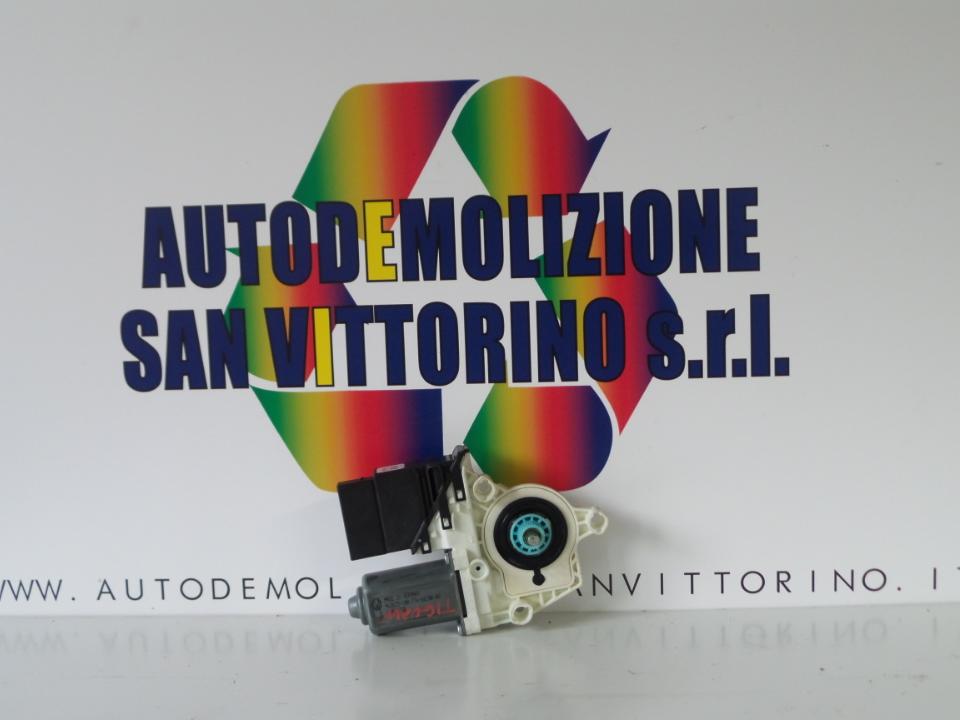 MOTORINO ALZACRISTALLO PORTA POST. DX. VOLKSWAGEN TIGUAN (5N2) (06/11>)