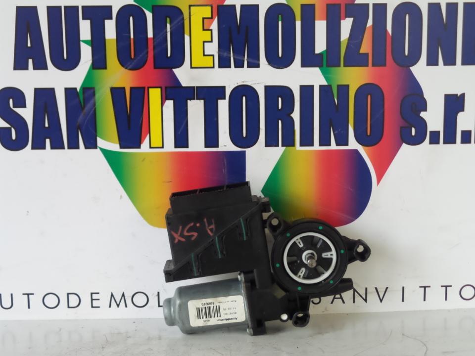 MOTORINO ALZACRISTALLO PORTA ANT. SX. VOLKSWAGEN POLO (9N) (10/01>03/05<)