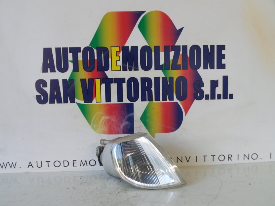 FANALINO ANT. DX. CITROEN SAXO (03/96>08/99<)