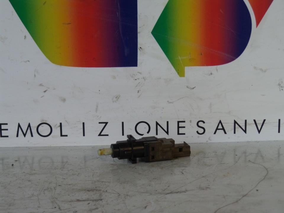 INTERRUTTORE PEDALE FRIZIONE LANCIA MUSA (TG) (07/04>06/08<)