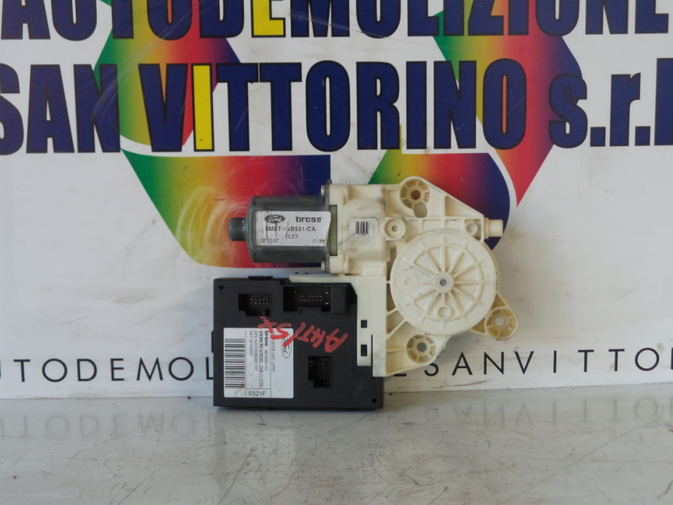 MOTORINO ALZACRISTALLO PORTA ANT. SX. FORD FOCUS (CAP) (11/04>06/08<)