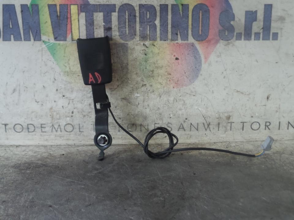 AGGANCIO CINTURA DI SICUREZZA ANT. DX. FIAT PUNTO EVO (3J) (08/09>07/13<)