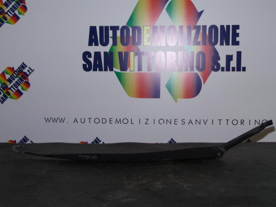 BRACCIO TERGIPARABREZZA SX. ALFA ROMEO 147 (W8) (08/00>01/06<)