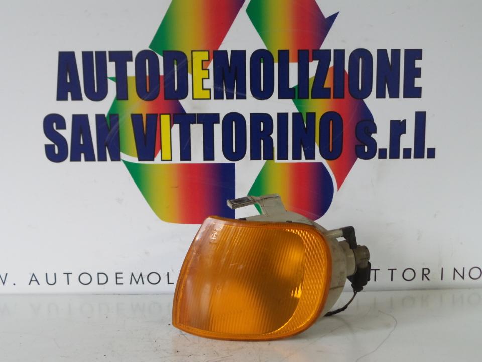 FANALINO ANT. SX. VOLKSWAGEN POLO 3A SERIE (11/94>09/01<)