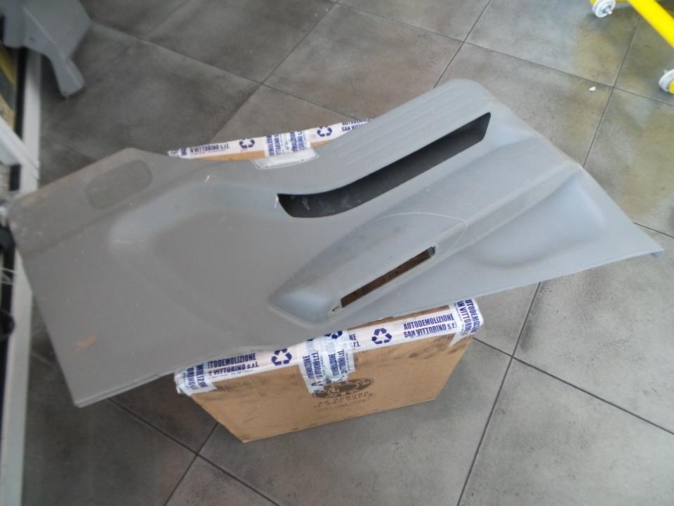 PANNELLO PORTA CABINA SUP. SX. MITSUBISHI FUSO CANTER EURO 5 (09/09>)