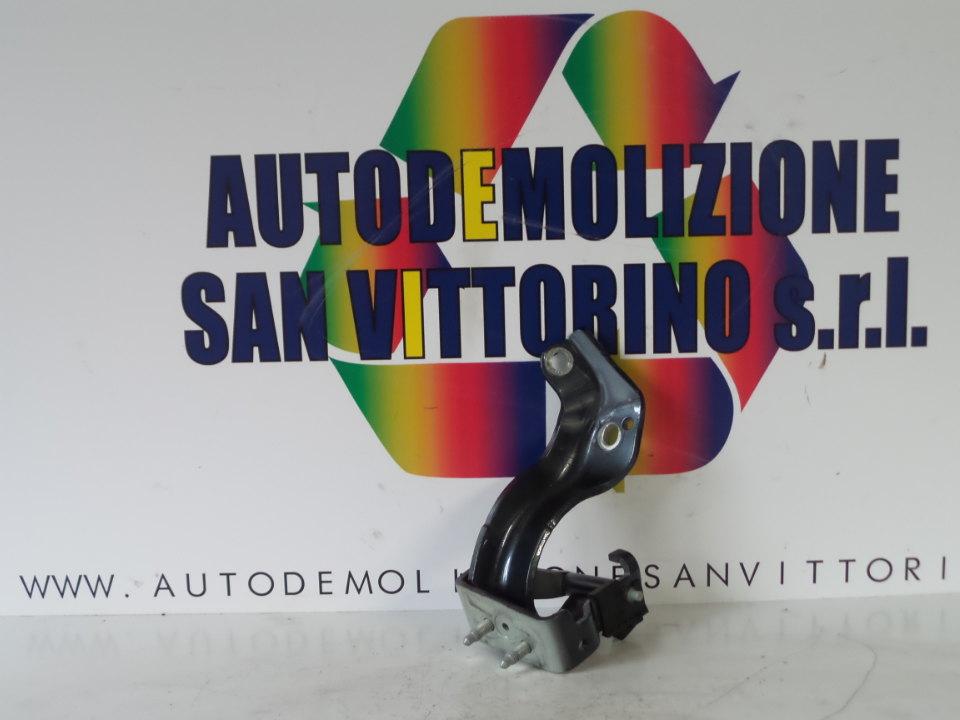 CERNIERA PORTELLO POST. SX. AUDI A6 (4F) (03/04>06/09<)