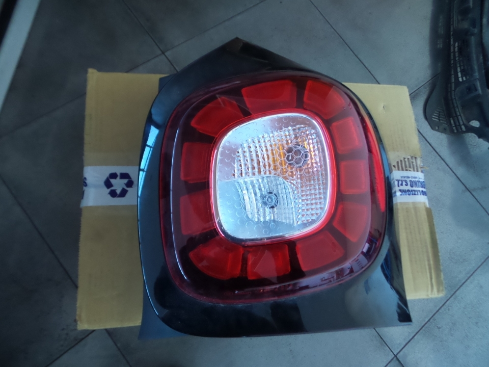 FANALE POST. A LED DX. SMART FORTWO (C453) (07/14>)