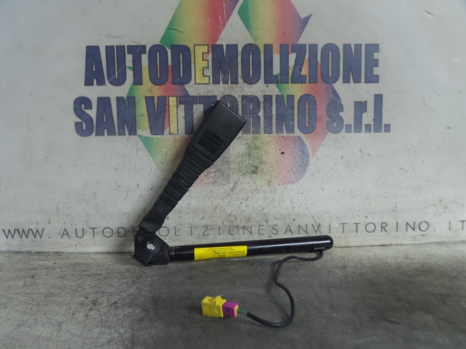 AGGANCIO CINTURA DI SICUREZZA ANT. DX OPEL VECTRA (Z02) (03/02>12/05<)