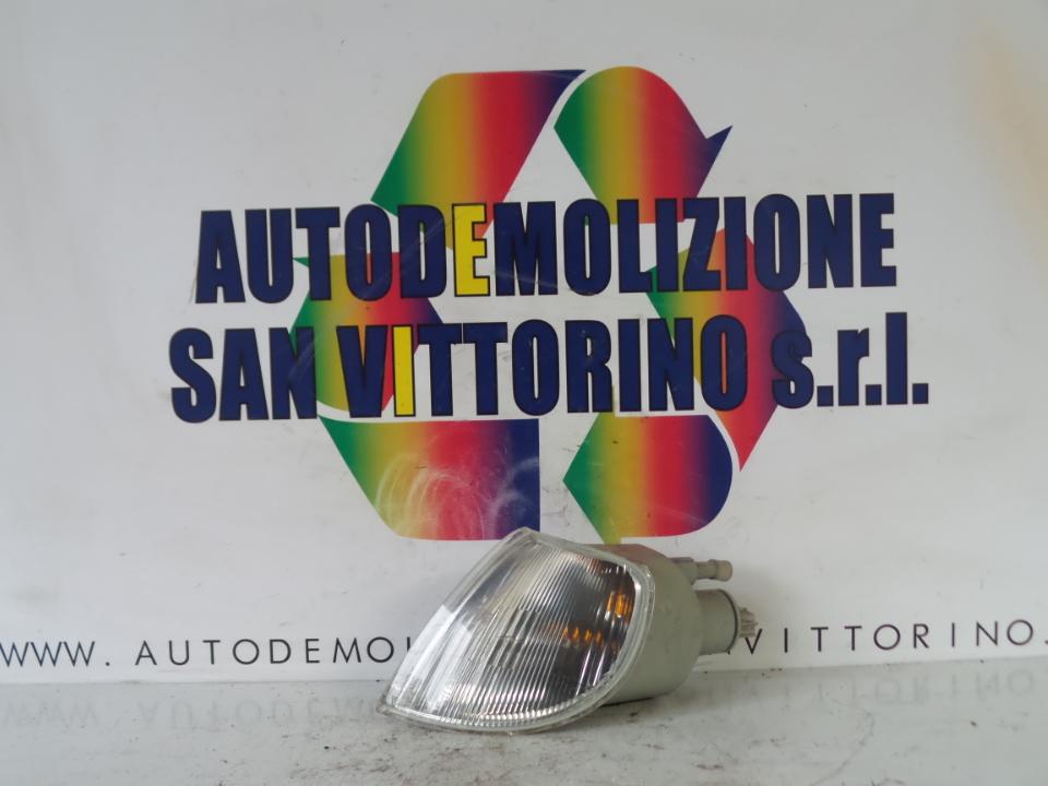 FANALINO ANT. SX. CITROEN SAXO (03/96>08/99<)
