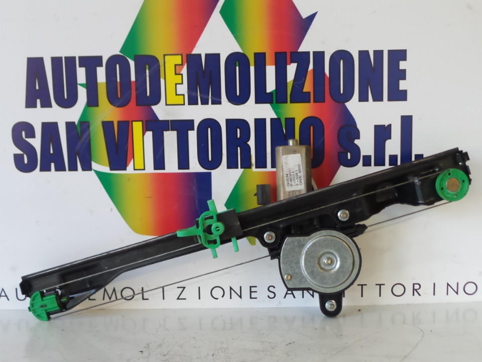 ALZACRISTALLO ELETTR. PORTA ANT. C/MOTORINO DX. FIAT PUNTO (2U) (07/03>01/07<)