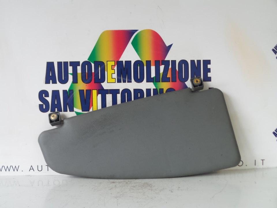 ALETTA PARASOLE PARABREZZA V2;V3 DX. FIAT DOBLO CARGO (2W) (12/03>12/06