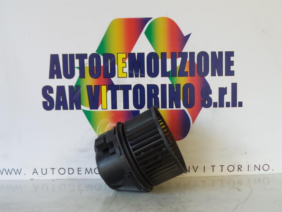 MOTORINO VENTILAZIONE ABITACOLO FORD FOCUS (CAP) (11/04>06/08<)