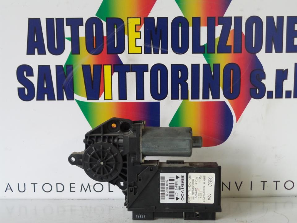 MOTORINO ALZACRISTALLO PORTA POST. DX. AUDI A4 (8E) (11/00>11/04<)