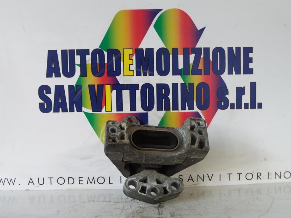 SUPPORTO ELASTICO LAT. SUP. MOTORE FIAT CROMA (2T) (04/05>10/07<)