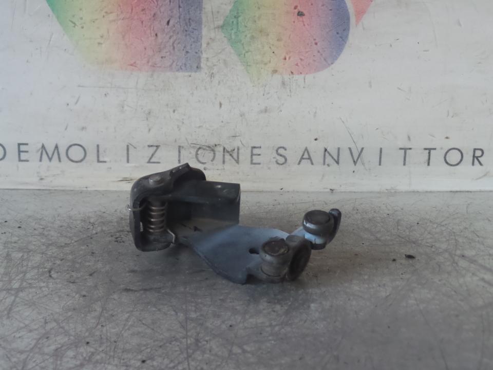 CARRELLO GUIDA CENTR. PORTA SCORREVOLE FIAT DOBLO CARGO (3C) (07/05>12/11