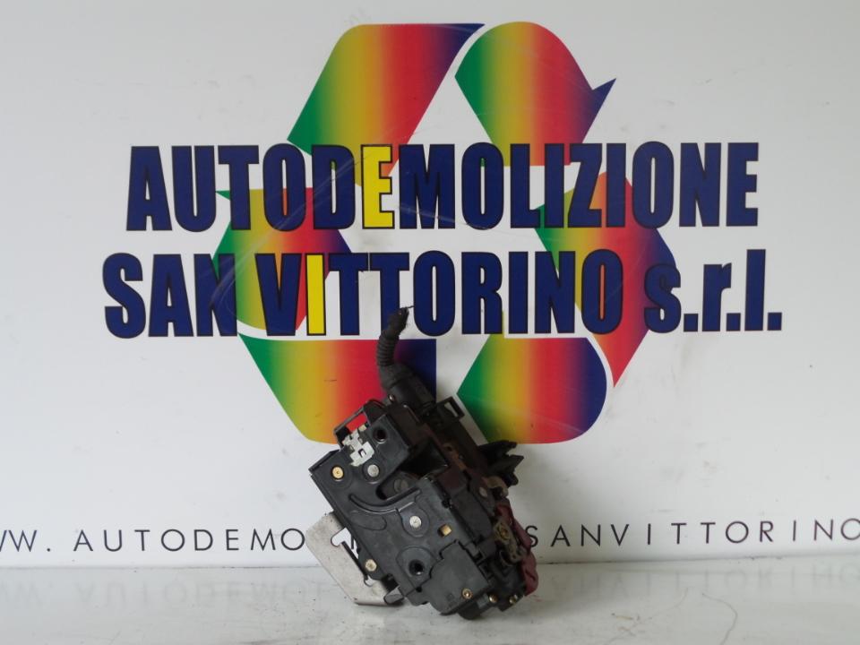SERRATURA PORTA ANT. DX. AUDI A4 (8E) (11/00>11/04<)