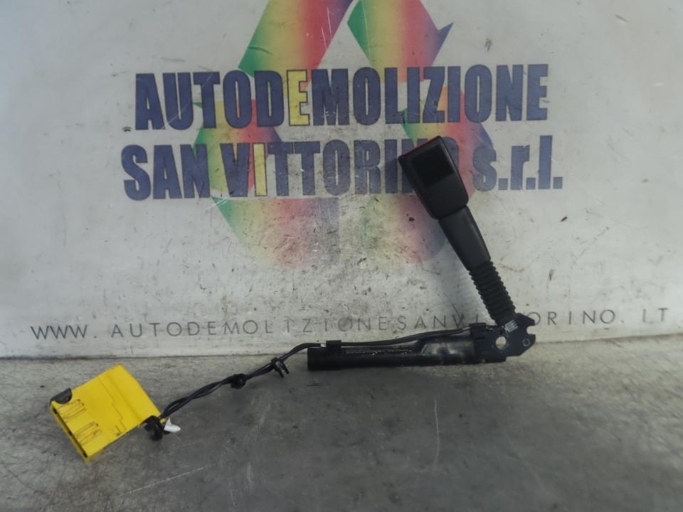 AGGANCIO CINTURA DI SICUREZZA ANT. DX. BMW SERIE 3 (E90/E91) (02/05>12/11