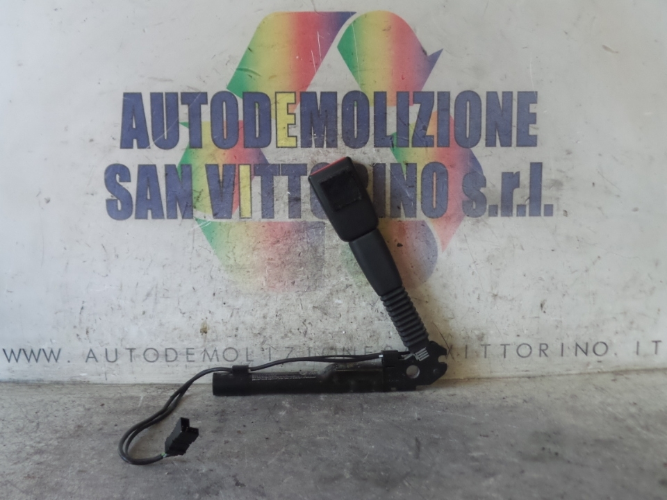 AGGANCIO CINTURA DI SICUREZZA ANT. DX. BMW SERIE 1 (E87) (09/04>03/07