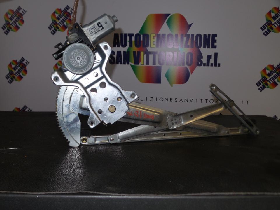 ALZACRISTALLO PORTA ANT. DX. DAIHATSU TERIOS 1A SERIE (09/97>10/06<)
