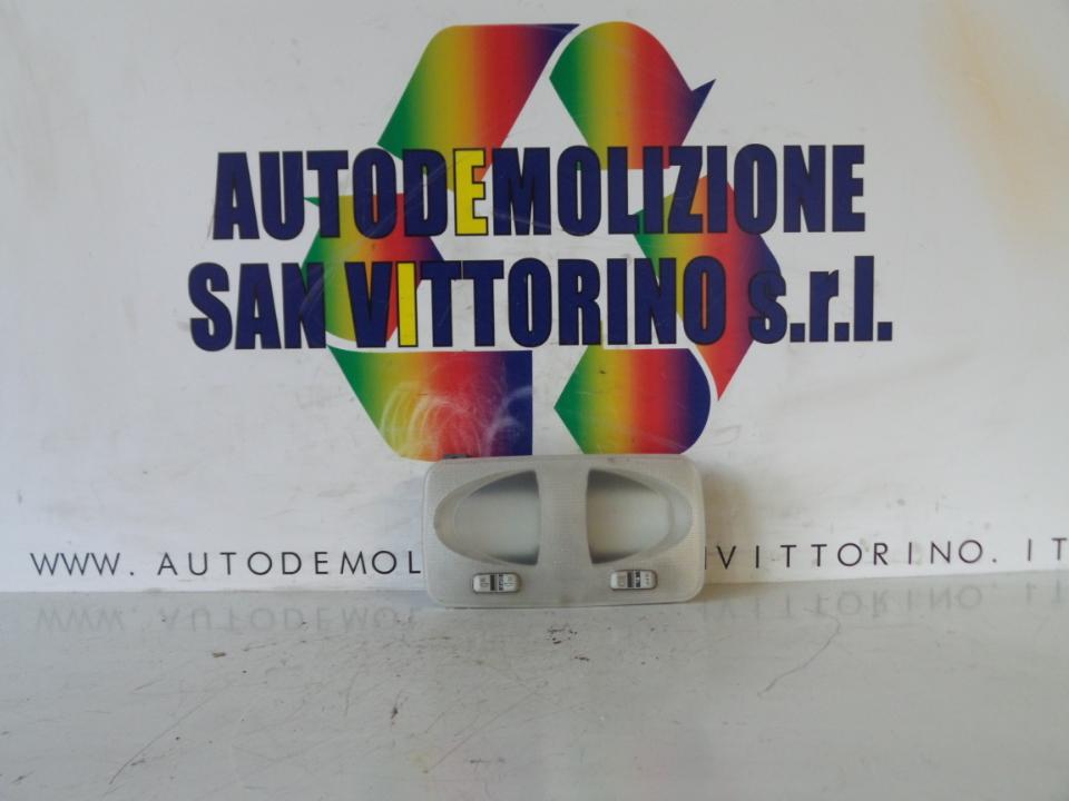 LUCE CORTESIA ANT. TETTO FIAT PUNTO (2U) (07/03>01/07<)