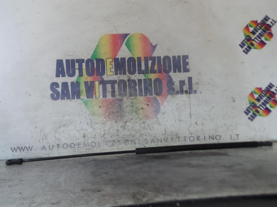 ASTA AMMORTIZZANTE COFANO ANT. AUDI A4 (8D) (10/94>12/00