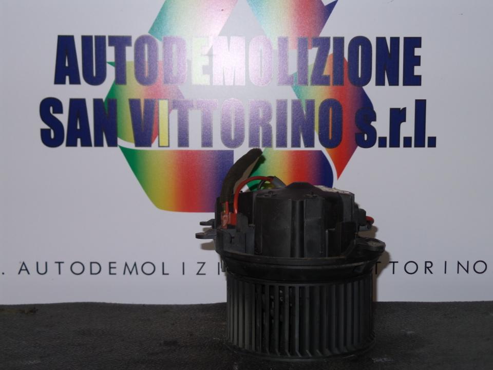 MOTORINO VENTILAZIONE ABITACOLO CITROEN SAXO (03/96>08/99<)