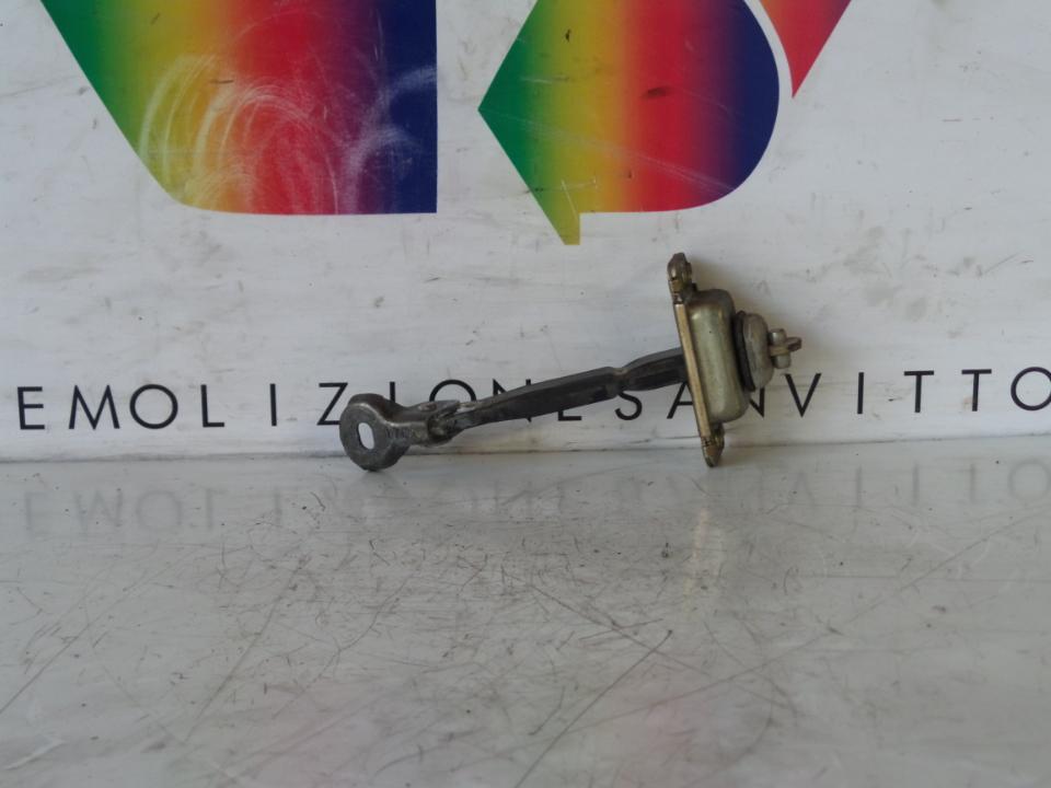 FERMO PORTA POST. DX. MAZDA MAZDA 6 1A SERIE (06/02>06/09<