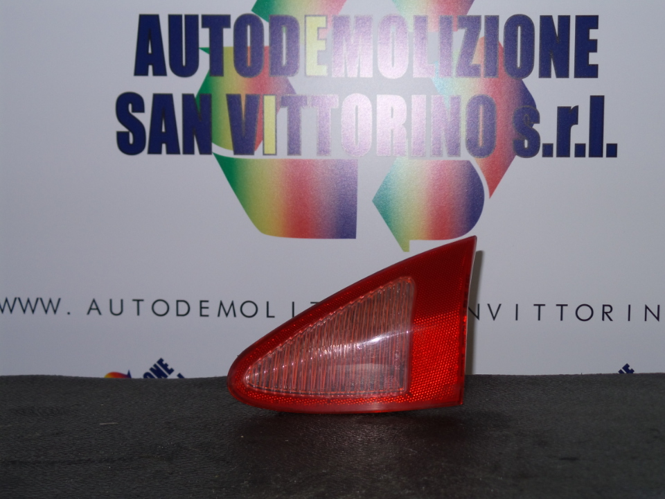 FANALE POST. PARTE INT. DX. ALFA ROMEO 147 (W8) (08/00>01/06<)