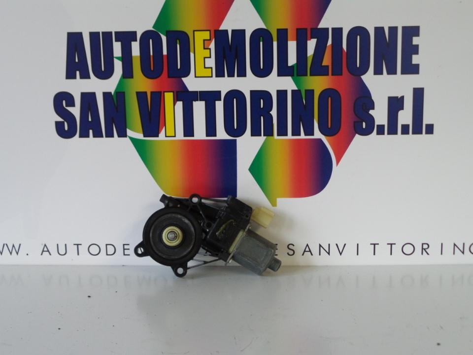MOTORINO ALZACRISTALLO PORTA ANT. DX. FORD FIESTA (CB1) (09/08>)