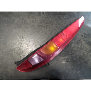 FANALE POST. DX. FIAT PUNTO (2U) (07/03>01/07<)